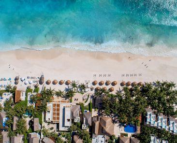 vista aerea hotel y playa ana y jose